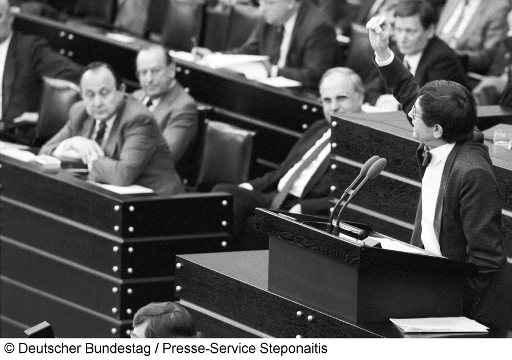 Prof. Dr. Dr. h.c. mult. Heinz Riesenhuber, mit Hans-Dietrich Gentscher und Helmut Kohl