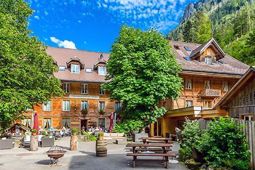 Xecutives.net Hotel Kemmeriboden-Bad Aussenansicht Sommer