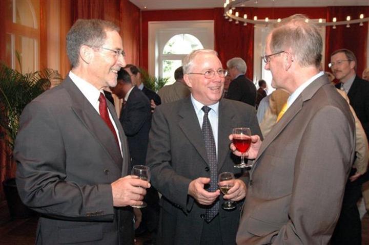 Heinrich Koller mit den Bundesräten Joseph Deiss und Christoph Blocher (2006)